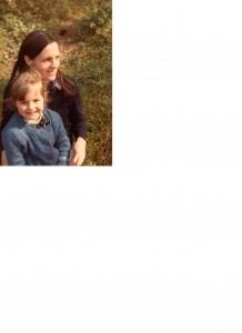 photo Gaëlle   2       5 ans et sa Maman 1982
